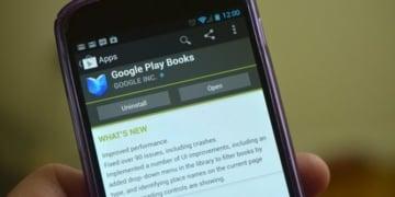 Google Play Books Solusi Membaca Sambil Tiduran