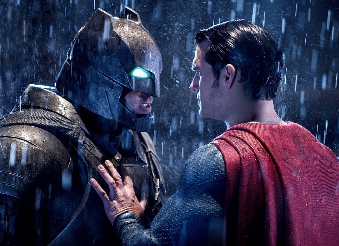 batman v superman pecahkan rekor global opening