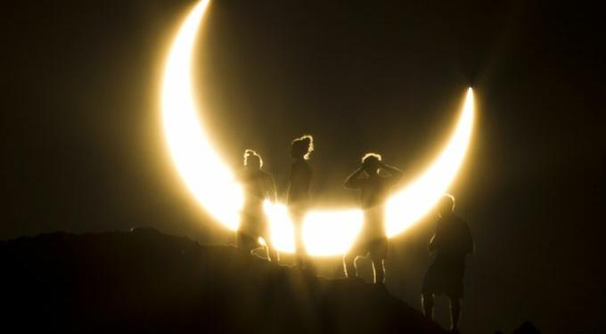 gerhana matahari dalam 6 film