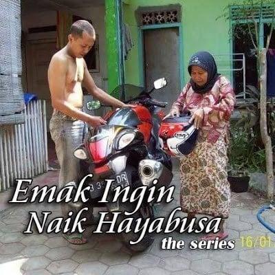 MEME ibu ibu Naik Motor (1)