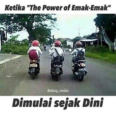 MEME ibu ibu Naik Motor (15)
