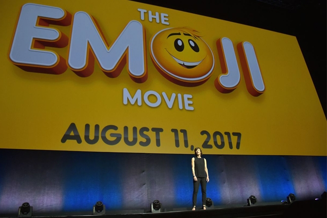 emoji movie plot