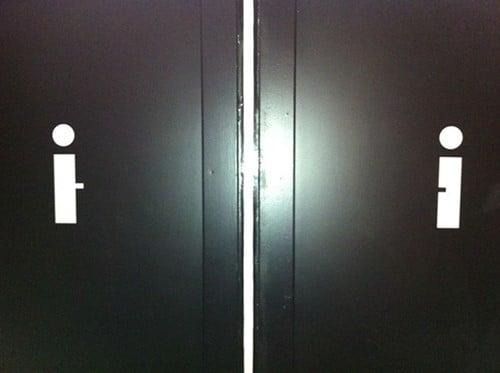 Tanda Petunjuk Toilet Lucu