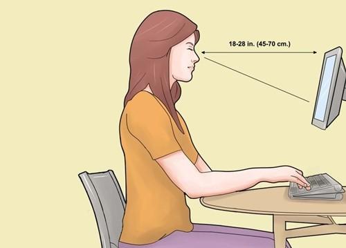 cara duduk didepan komputer