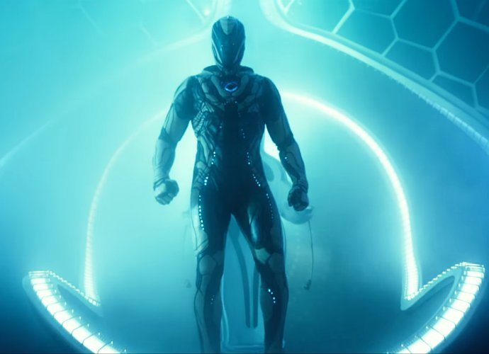 trailer internasional max steel