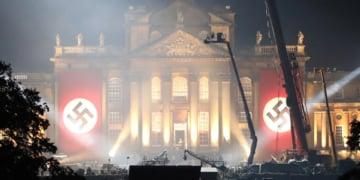 bendera nazi di set transformers