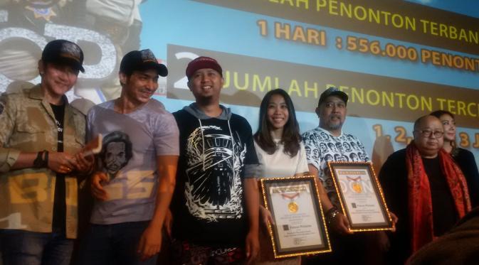 warkop dki reborn puncaki box office indonesia dan pecahkan rekor muri