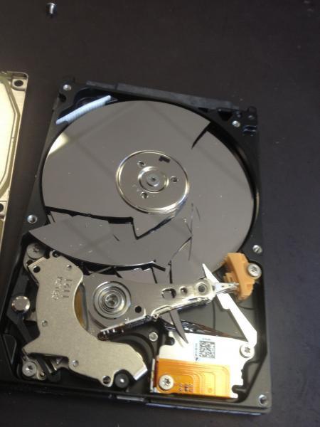 Foto Kesalahan Pakai Komputer (9)