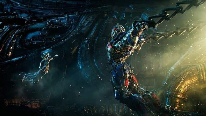 Quintessa dan Optimus Prime Transformers 5