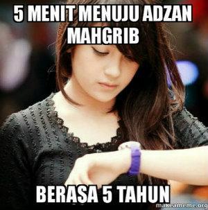 meme nunggu adzan maghrib 2