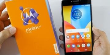 smartphone Android dengan Baterai tahan lama