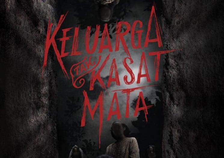 sinopsis Keluarga Tak Kasat Mata trailer poster