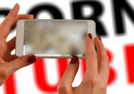 KOMINFO Jangan Sebarkan Video Mesum Dua Bocah Laki Laki Dengan Perempuan Dewasa!