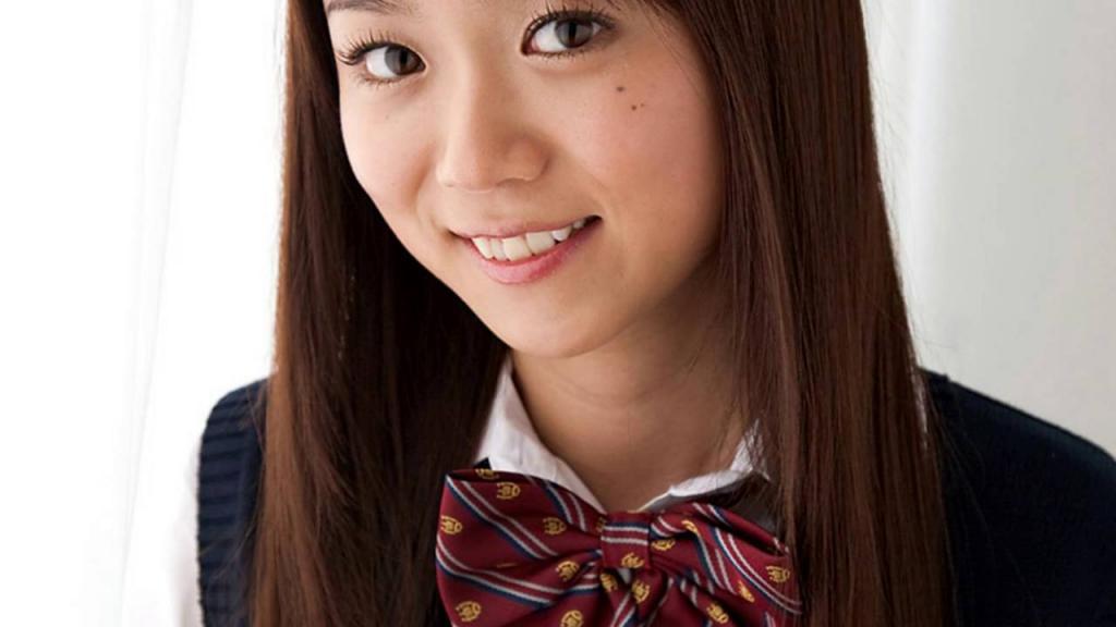Mantan Artis JAV Asuka Hoshino, Tawarkan Penggemarnya Untuk Menikah Dengan Dirinya! Dfunda Com