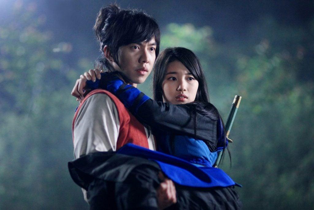20+ Rekomendasi Drama Korea Romance Terbaik, Dijamin Bikin Senyum Senyum Sendiri! Gu Family Book
