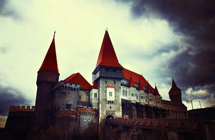 Corvin Castle, Rumania