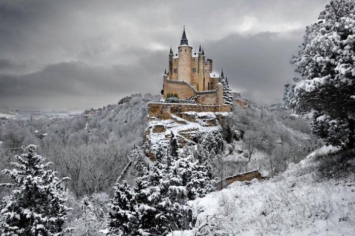 El Alcazr De Segovia, Spanyol