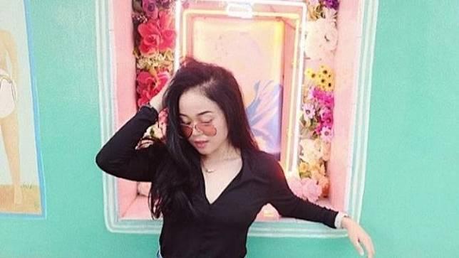 Mengenal Cecillia, Anak Limbad Yang Jadi Perbincangan Netizen Karena Kecantikannya! A