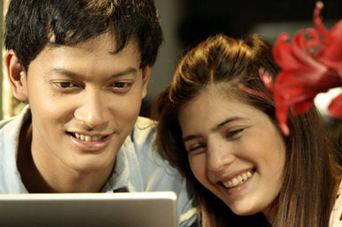 Film Romantis Indonesia Terbaik Ayat Ayat Cinta