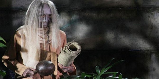Ada Dari Indonesia, Inilah 5 Hantu Nenek Nenek Paling Menyeramkan Di Dunia, Suka Curi Anak Kecil! Nenek Gayung