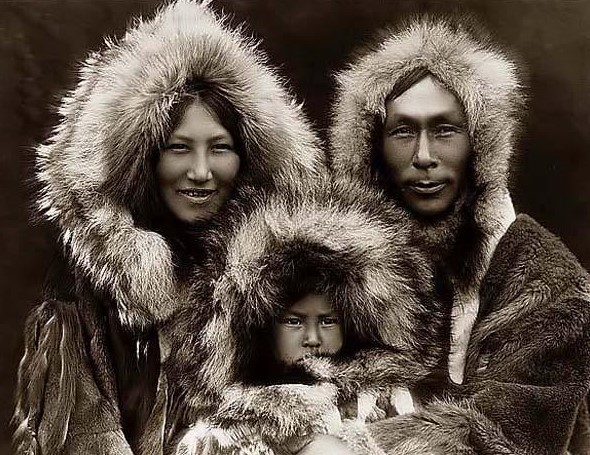 Beginilah Asal Mula Terjadinya Siang Dan Malam Menurut Kisah Mitologi Dunia! Suku Inuit