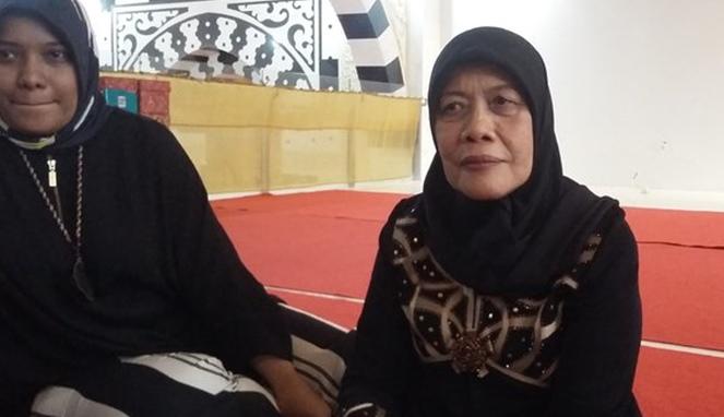 Beginilah Kisah Haru Perjuangan Wanita Yang Berjualan Ayam Agar Bisa Bangun Masjid Di Kampungnya! 1