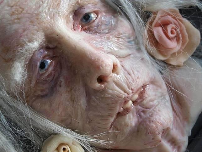 Berani Lihat Inilah 10 Karya Pahat Wajah Manusia Yang Bikin Merinding Banget! 1