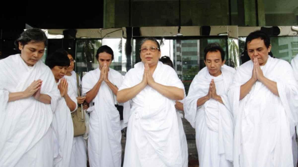 Bikin Geger, Inilah 5 Orang Indonesia Yang Pernah Mengaku Sebagai Utusan Tuhan! Dafunda Gokil