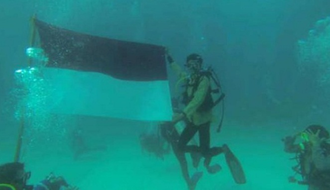 Heroik Banget, Inilah 10 Momen Menggetarkan Hati Ketika Hari Kemerdekaan Indonesia! 4