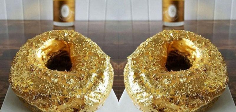 Makanan Berlapis Emas