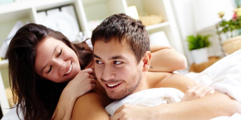 Menatap Payudara, Inilah 5 Cara Rahasia Agar Pria Panjang Umur! Bercinta