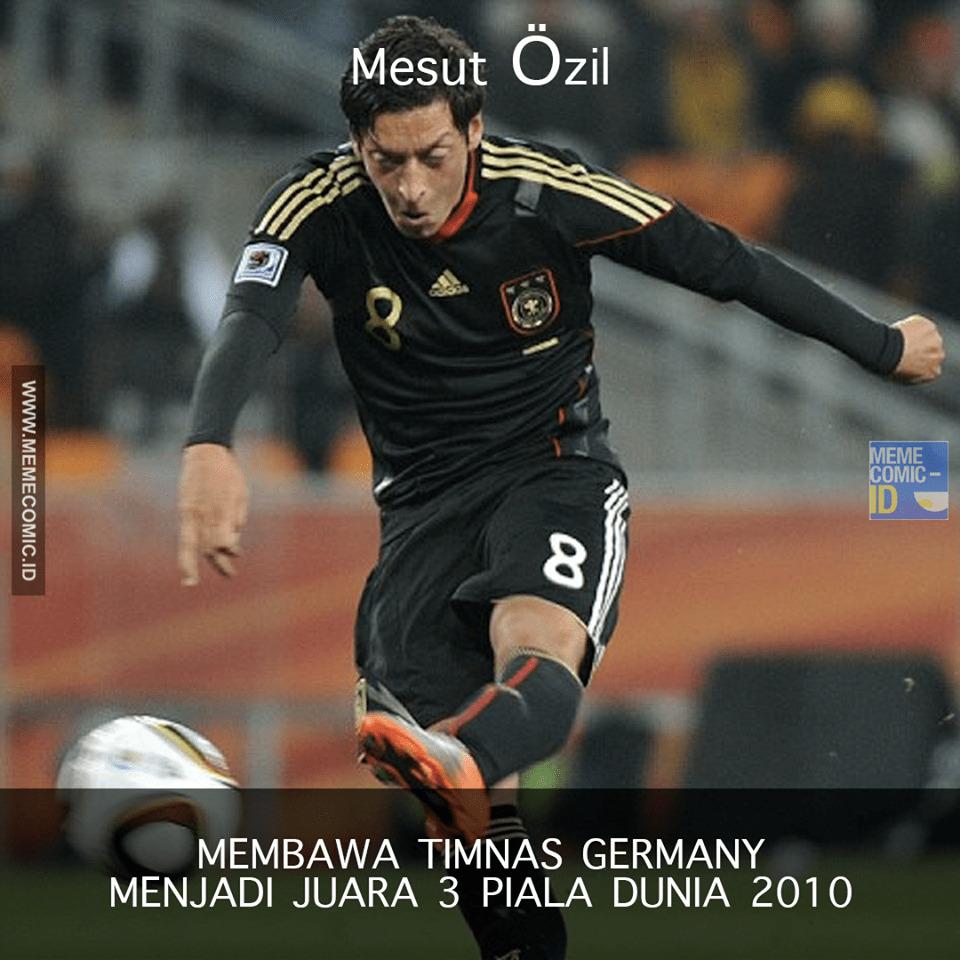 Mesut Özil, Pemain Yang Mendapat Perlakuan Rasis Karena Memiliki Darah Keturunan Turki! 3