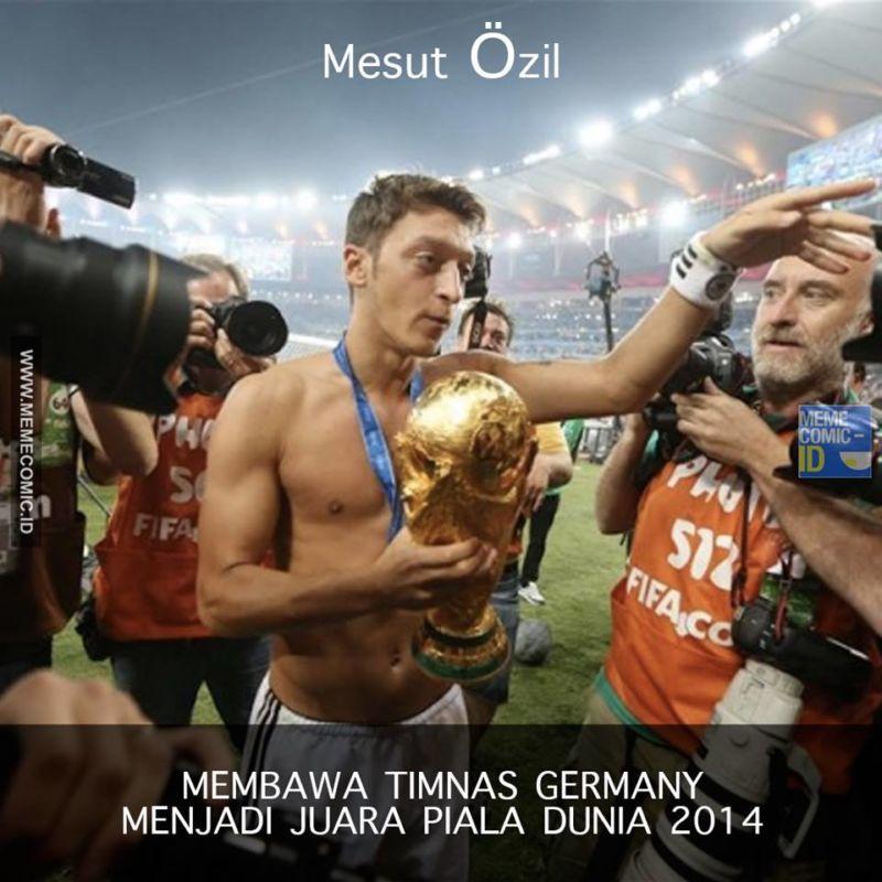 Mesut Özil, Pemain Yang Mendapat Perlakuan Rasis Karena Memiliki Darah Keturunan Turki! 5