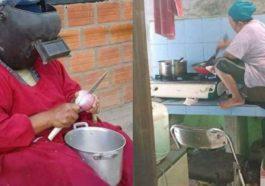 Seorang Anak Wajib Tahu, 10 Foto Kelakuan Ibu Ibu Saat Masak Ini Dijamin Bikin Ngakak! Dafunda Com