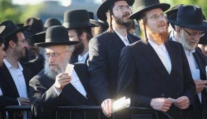 Terungkap, Ternyata Inilah Rahasia Panjang Umur Orang Yahudi Yang Mungkin Tidak Kalian Ketahui! Merokok