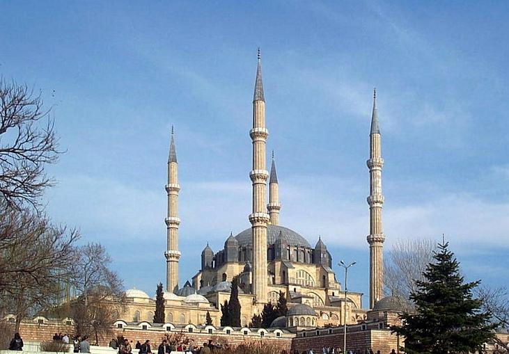 Bangunan Islam Yang Menakjubkan6 1