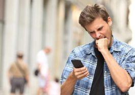 Nasib Turis Menggunakan Smartphone Di Indonesia