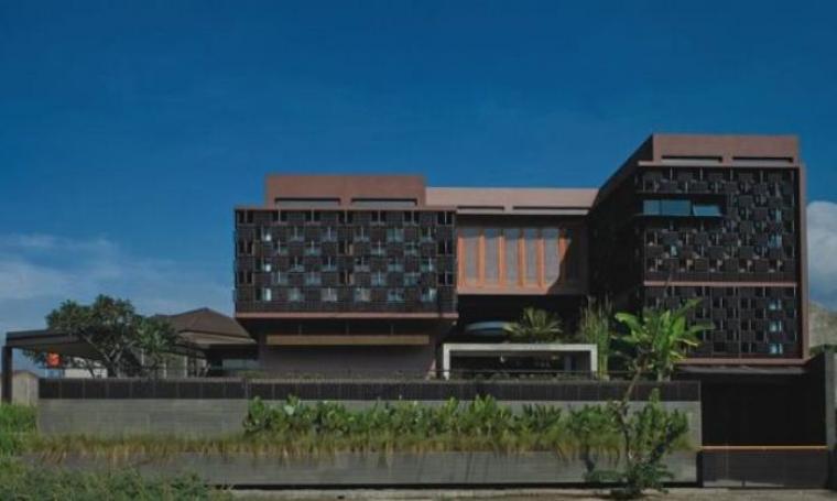 Rumah Unik Di Indonesia 4