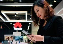 Tampilan Huawei Mate 30