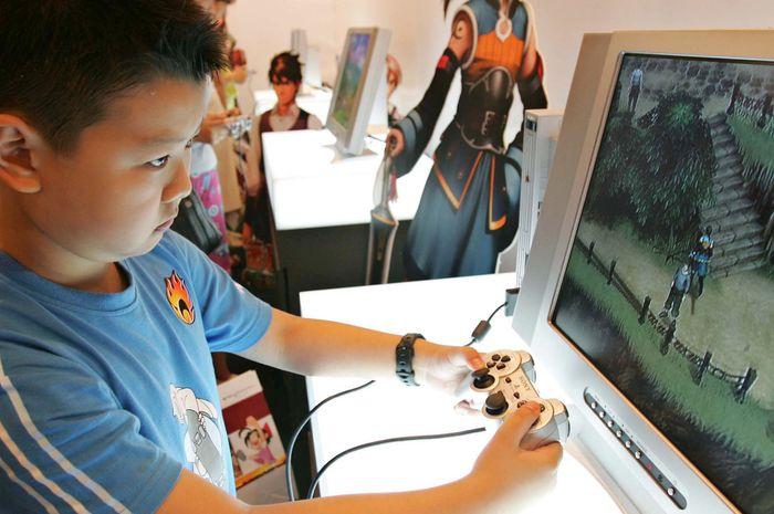 China Batas Jam Malam Bermain Game Untuk Anak
