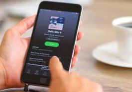 Cara Share Lagu Spotify Ke Facebook Stories