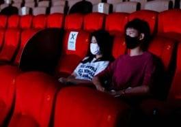 Bioskop Buka COVID-19