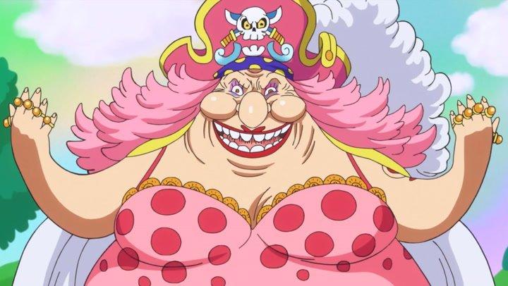Karakter Wanita One Piece Charlotte Linlin