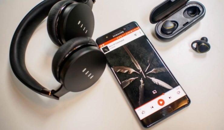 Headset Bluetooth Terhubung Dengan Hp