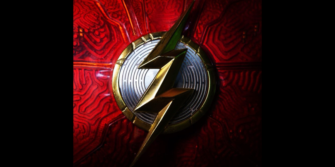 Kostum Baru The Flash